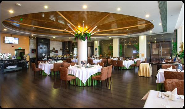游艇会中餐厅