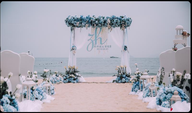 天蓝色系户外沙滩婚礼